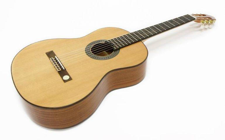 クラシックギターの選択