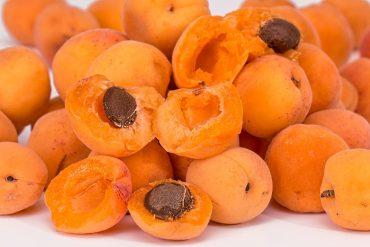 bitter almond apricot